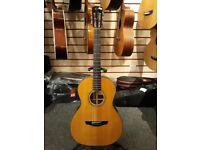 Faith guitar, F-000 Patrick James Eggle signature, electro acoustic w/ hard case