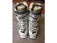 New Salomon Xfit Fusion Ski Boots Size 25