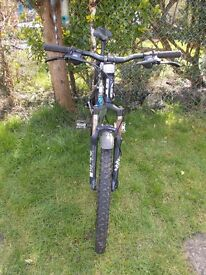 GT AGRRESSOR 3 MOUNTAIN BIKE......24 GEARS
