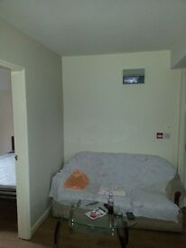 one bed flat to let B11
