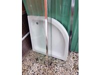 800 x 800 Quadrant resin shower tray and enclosure