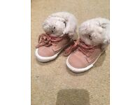 Zara cow leather shoes size 20