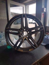 "Genuine Mercedes E Class AMG Diamond Cut 19"" Rear Alloy Wheel 3"