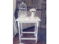 Old shabby chic sidetable/halltable hand painted in white