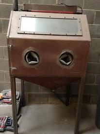 Alloy wheel shot blasting cabinet