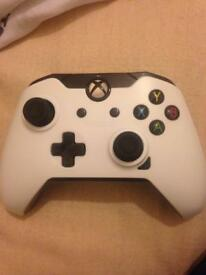 Pdp wired xbox one controller& games