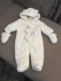 Pompom pram suit/snow suit