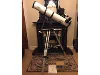 "Meade Model 4504, 4.5"" 114mm Equatorial Reflecting Telescope with Starfinder Electronic Hand Control"