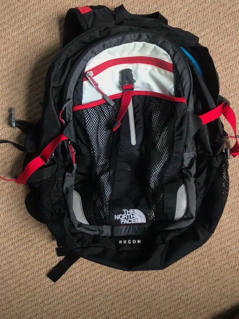0d1c6f68c The North Face Recon Rucksack £40.00 | in Didsbury, Manchester | Gumtree