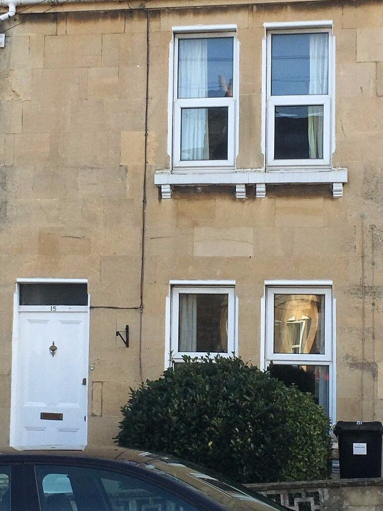2 bed house to rent in Oldfield Park