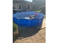 Large filtered swimming pool
