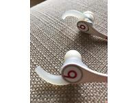 Beats tour 2.0 white and red earphones
