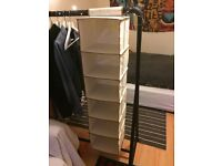 Hanging storage rack, 6 compartments