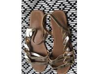 Gold Sandals Size 6 - Office