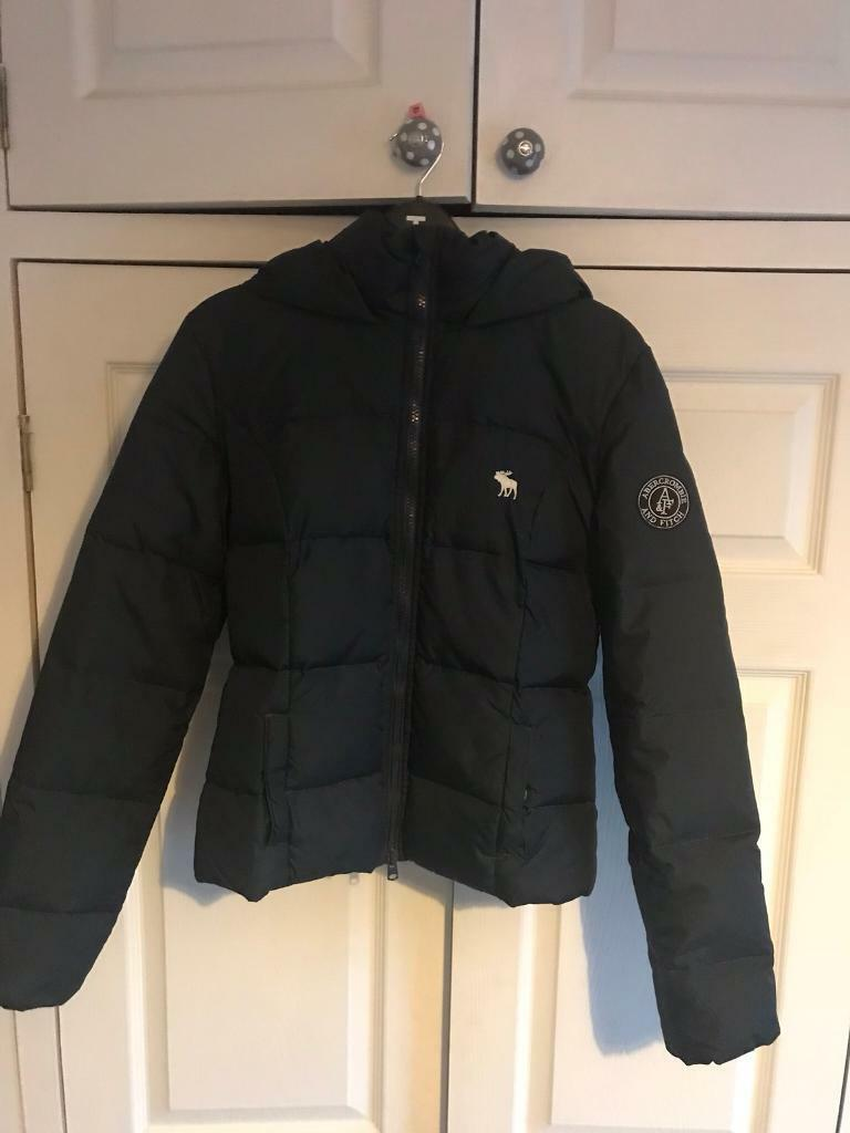 Abercrombie & Fitch Women's navy coat