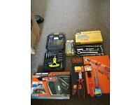 Tool set Black & Decker and rolson with two uses, all new, in its box and in perfect condition.