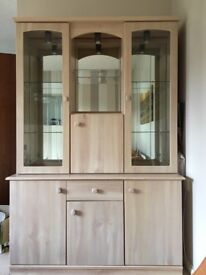 Display Unit (with cupboards)