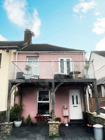 2 Bed Riverside Cottage to let in Saltash