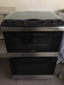 Zanussi freestanding Gas cooker, 60cm wide, black & silver, full working order, 3 years old.