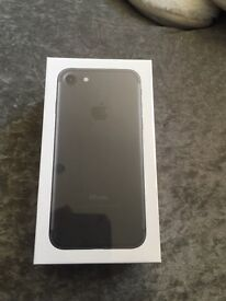 iPhone 7 32gb new and unopened
