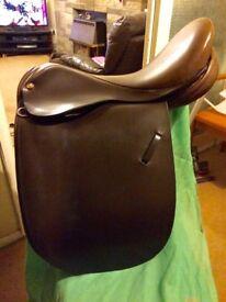 "17.5"" Extra Wide Fylde working hunter/showing saddle"