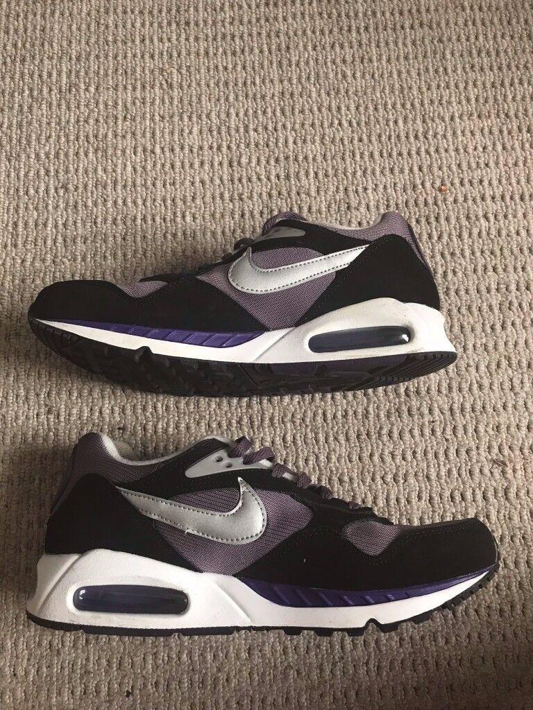 Nike Air Max Womens Size 7.5