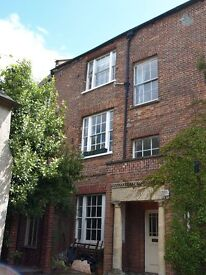 Two Bedroom Flat on Topsham Road