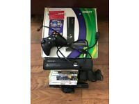 Xbox 360 4gb 8 games controller/connect/senors/cable