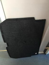 Parcel shelf & boot floor for a Nissan Juke 2013