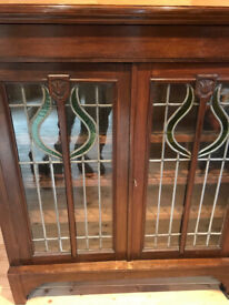 Vintage, glass-fronted display cabinet. Very good condition.