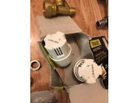 Radiator / taps fittings