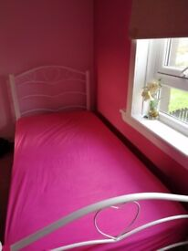 Single love heart bed and matress