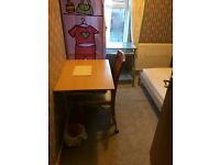 NO ADMIN FEES! a spacious DOUBLE BEDROOM & ALL BILLS included,NEAR UWE