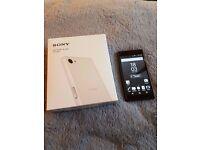 Sony Xperia Z 5 Compact E5803 (latest model) 32 GB factory unlocked