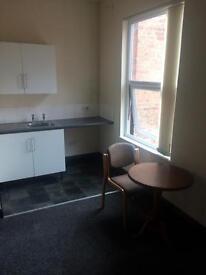 1 bed studio flat