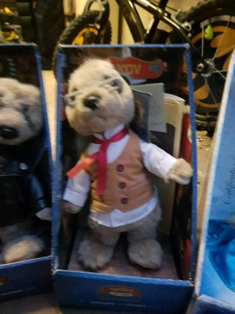 Compare the market meerkat toy. Yakov.