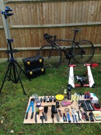 Road bicycle size M, Elite trainer, tools, bicycle stand.