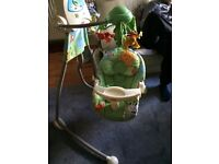Swing fisher price rainforest, very good conditions