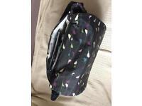 Messenger wipe-clean Changing Bag with bird motif