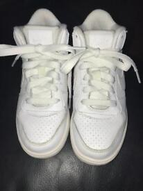 Nike trainers size uk 11 kids