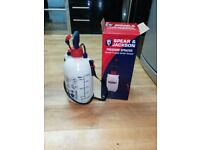 Spear Jackson Pressure Sprayer 5Litre garden was never used is new in the box