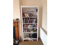 Ikea book shelf. Very good condition. ��45