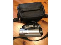 Sony Handycam HDV full HD, works perfectly. Comes with bag and charger memory card.
