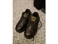 Dunlop Safety boots uk size 4 brand new