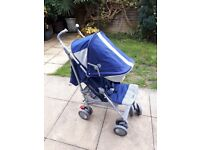Maclaren techno xt medieval blue/silver stroller (newer version) with raincover and brand new liner.