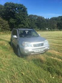 'Soft roader'. 2005 Nissan X Trail. 2.2 SVE DCI. 6 speed manual.