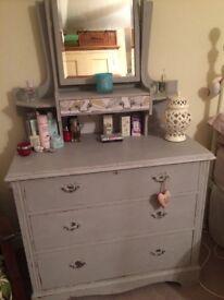 Lovely shabby chic dressing table