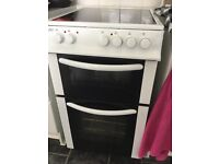 Fully functioning cooker.Double oven/grill ceramic top rings.
