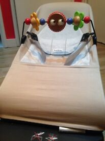 Babybjorn balance bouncer with wooden toy bar