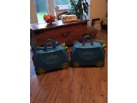 set of 2 almost brand new original Trunky Ride-on Suitcase
